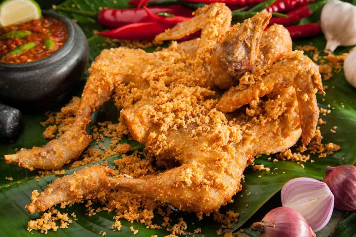 7 Ayam Goreng Legendaris Di Jogja, Enaknya Bikin Ketagihan