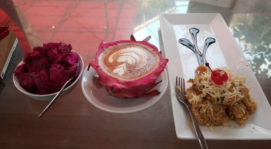 Legend cafe food