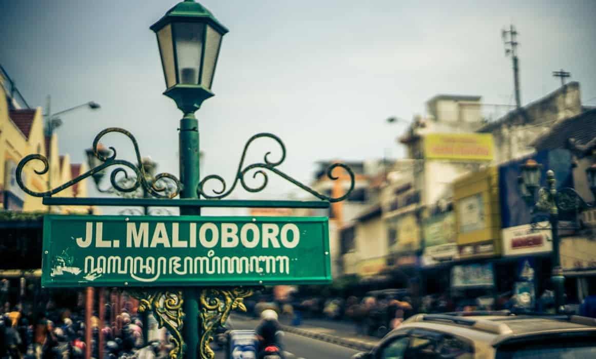 9 Tips Belanja di Malioboro Jogja, Irit Tak Bikin Kantong Sakit