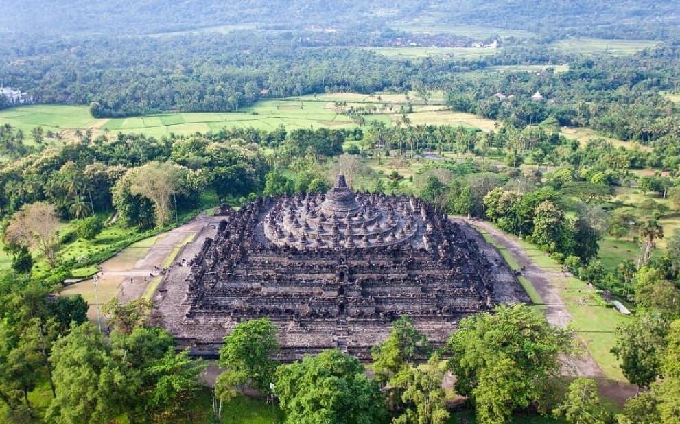 Keagungan Mahakarya Candi Borobudur dan Misterinya Sekaligus Tempat Wisata Disekitarnya