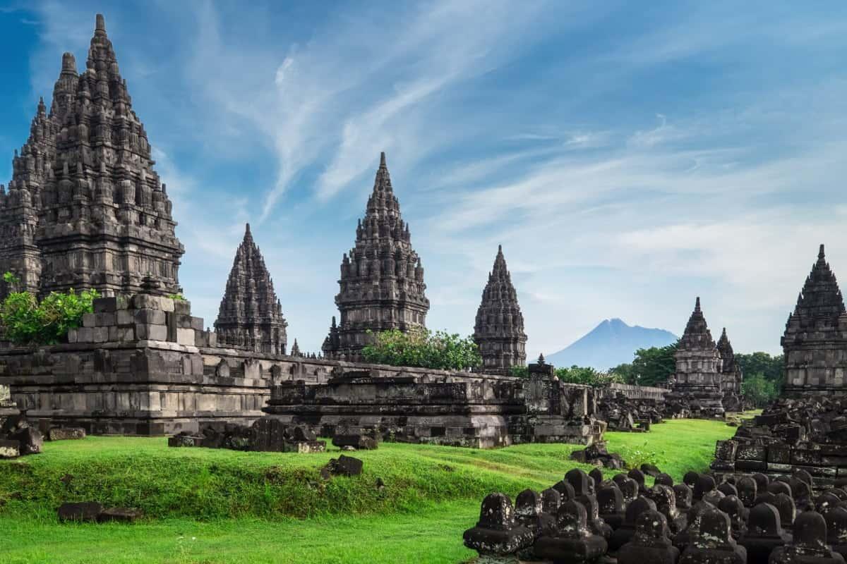 Sejarah Candi Prambanan, Dinasti Wangsa Sanjaya sebagai Pendiri Candi Prambanan