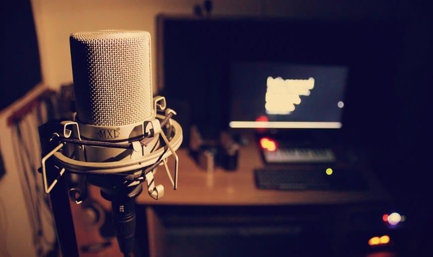 Rekomendasi Studio Rekaman di Jogja, Salurkan Hobi dan Bakat Nyanyimu Di sini