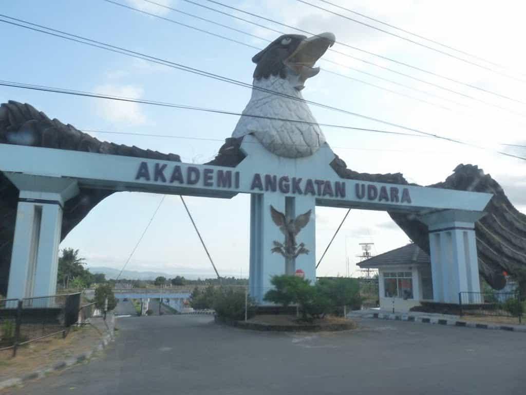 Rekomendasi Hotel Dekat AAU Yogyakarta, Bandara Adisucipto dan Maguwoharjo