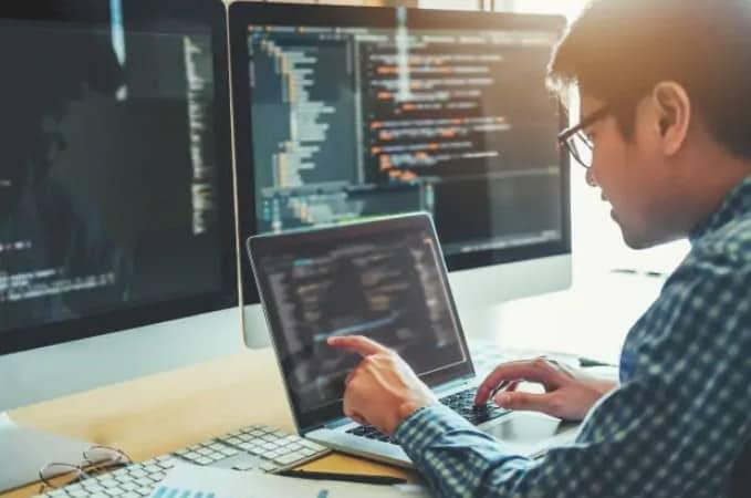 4 Rekomendasi Kampus Jurusan Teknik Komputer Terbaik di Jogja